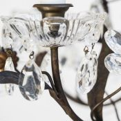 7-7467-Chandelier_flower_French-2