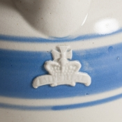 7-7531-Pub_jugs_blue_white-1