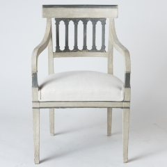 7-7888_armchairs_grey_columns (2 of 10)