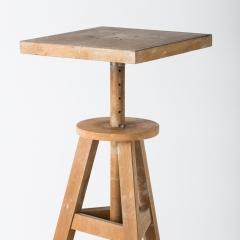 7-7216-Sculptors stand_Natural wood-2