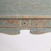 7-7638-Table_Rococo_basket_ carved-3