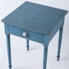 7-7759-One_drawer_stand_American -1