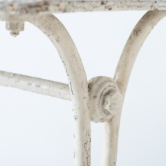 7-7780-Table_cast iron_Gothic-3