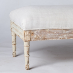 ref. 7-7825_bench_new_upholstery-6