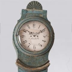 7-7861-Clock_Swedish_Mora_blue_fan-3
