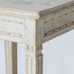 7-7876_table_small_two-tier_gustavian-4