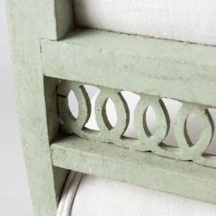 7-7897-Chairs_openwork_green_Swedish-10
