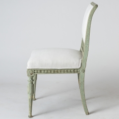 7-7897-Chairs_openwork_green_Swedish-6