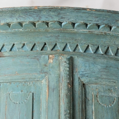 7-7903-Corner cupboard_blue-1
