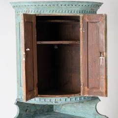 7-7903-Corner cupboard_blue-10