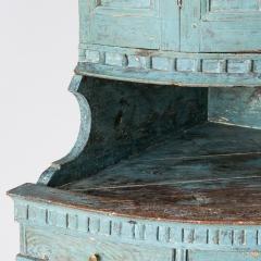 7-7903-Corner cupboard_blue-3