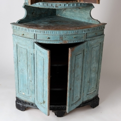 7-7903-Corner cupboard_blue-11