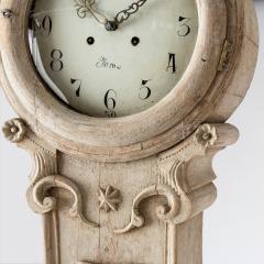 7-7908-Clock_Rococo_shell_crown-3
