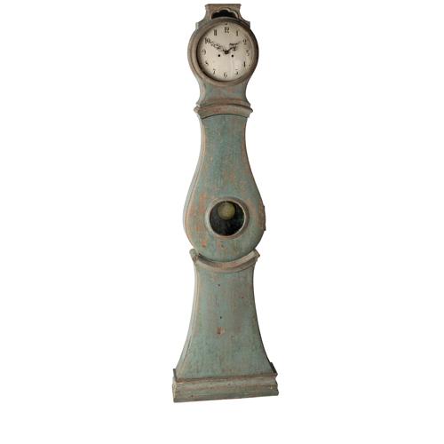 blue mora clock