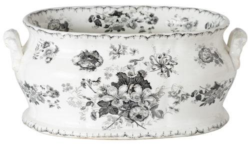 A 19th Century English Woodbine Pattern Transferware Foot-tub