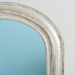 7-7661_Silvergilt_Blue_Glass_Mirror-12