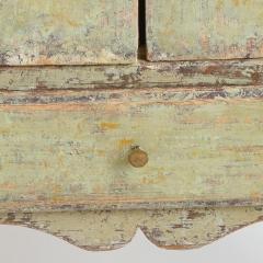 7-7742-cabinet_rococo_2–door-2