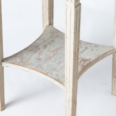 7-7876_table_small_two-tier_gustavian-5