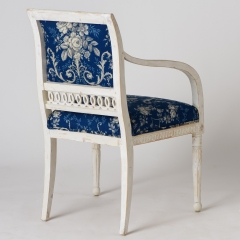 7-7883A-Armchairs_Swedish_Toile-8
