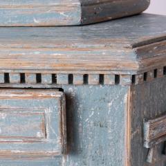 7-7961-Cupboard_Gustavian_corner_blue-6