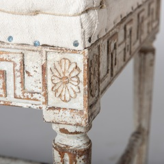 7-7989-Benches_Gustavian_pair-3