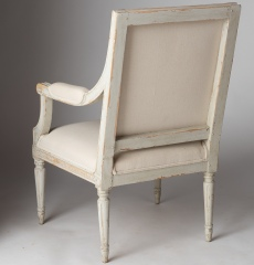 7-7992-Chairs_armStockholmn-8-of-9