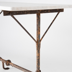 7-7998-MT-table_French–pad-feet-6