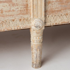 7-8017-Sleeping-Bench-Gustavian-Bow-7
