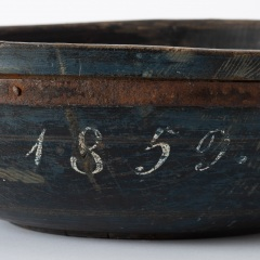 7-8026-bowl_wooden_metal-rim-1