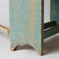 7-8074_blue_table_APS_0177
