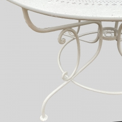 7-8090-table_detail_4