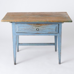 7-8113-A-Swedish-Scrub-Top-Table-with-Blue-Paint-10