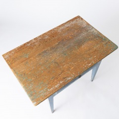 7-8113-A-Swedish-Scrub-Top-Table-with-Blue-Paint-11