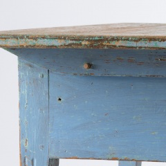7-8113-A-Swedish-Scrub-Top-Table-with-Blue-Paint-19