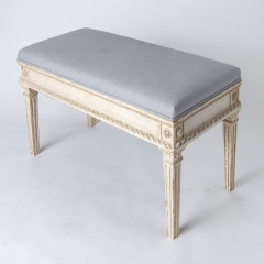 7-8119-Gustavian-Style-Bench-With-Contrasting-Grey-Fabric-2