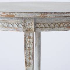 7-8128-Gustavian-Cloven-Footed-Table-11