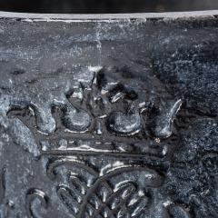 7-8140-Cast-Iron-Crested-Swedish-Urns-12