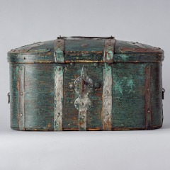 7-8157-Travel-Box-with-Old-Blue-Green-Paint-from-Northern-Sweden-C.-1800-10