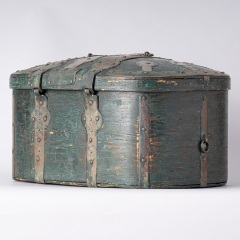 7-8157-Travel-Box-with-Old-Blue-Green-Paint-from-Northern-Sweden-C.-1800-11