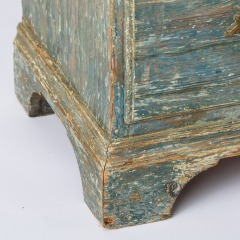 7-8164-Rococo-Cupboard-in-Blue-Green-paint-C1780-17