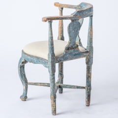 7-8171-Swedish-Rococo-Period-Hornstol-or-Corner-Chair-in-Original-Blue-Paint-C-1770-14