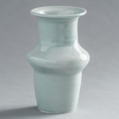 fp-13_MIddle-Rib-Celedon-Glazed-Vase2