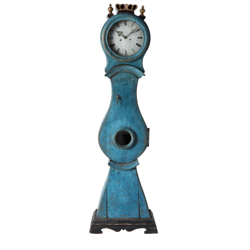 blue crown mora clock