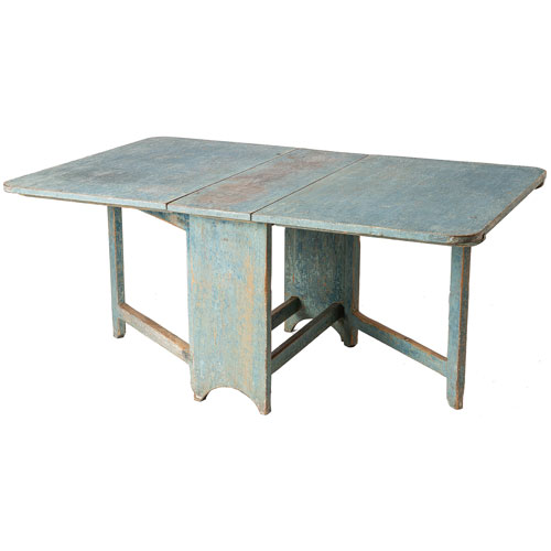 blue slagbord table