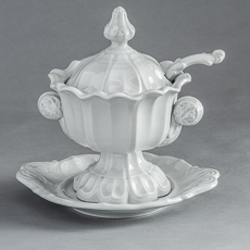 D-832_Sydenham Three Piece Tureen with Ladle