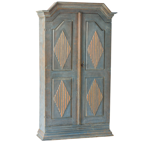 Blue Cabinet in one piece with coral and blue diamonds Gustavian